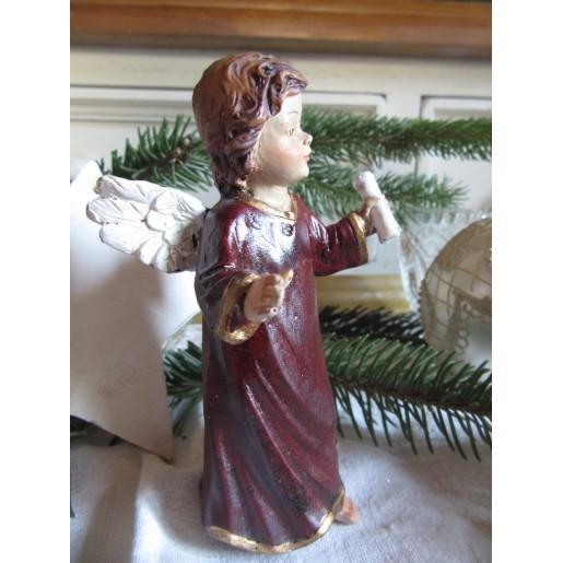 Figurina Inger polirasina 7x5x12 cm