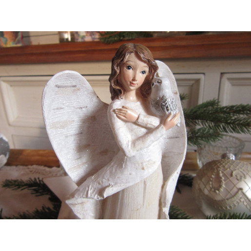 Figurina Inger polirasina 11x6x21 cm