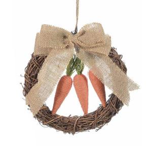 Coronita Paste din lemn maro decorata cu morcovi si fundita iuta Ø 22 cm